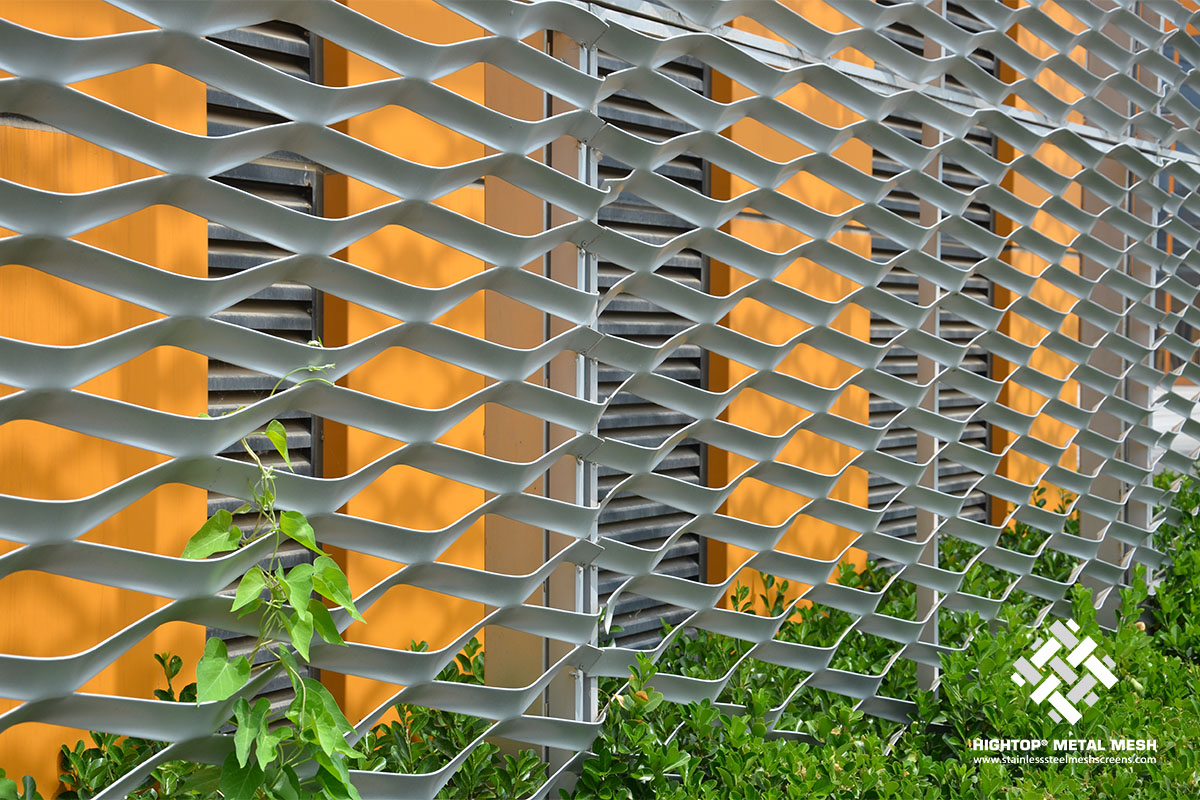 expanded metal fence panels